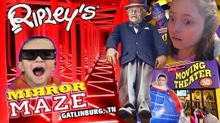 Download Ripley's Mirror Maze | Old Creepy Man Crush ❤ Dino Boogers | 5D Movies (Gatlinburg, TN Family Vlog) Video