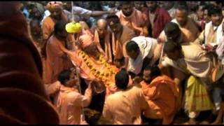 Download The Maha-samadhi Ceremony of Sri Srimad Bhakti Kumud Santa Goswami Maharaja Video