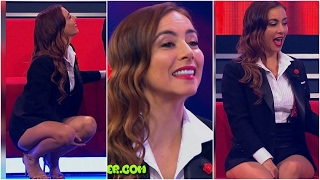 Download Claudia Lizaldi | Video