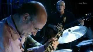 Download John Scofield Trio - Blue Note, New York City, NY, 2004-09-26 (full) Video