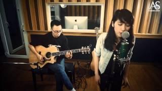 Download Bóng mây qua thềm - Hòa Minzy, Tùng Acoustic Video