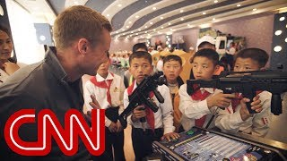 Download CNN reporter to N. Korean child: Do you want to shoot me? Video