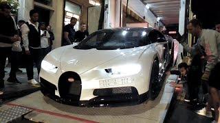 Download Midnight delivery of a $2.5 MILLION Arab Bugatti Chiron in London Video