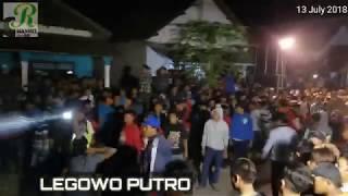 Download Rampokan Udan Boto utoh-!!! LEGOWO PUTRO - TAWURAN PENONTON RUSUH Josaren wates Video