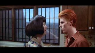 Download THE MAN WHO FELL TO EARTH - Trailer Video
