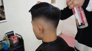 Download Hướng dẫn, chia sẻ kĩ thuật cắt kiểu Mid Fade - Kết hợp vs kiểu tóc Mohican. LK Barbershop Hà Nội Video