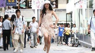 Download 【周墨】韩国整容术到底有多可怕?200斤大胖妞一夜变成国民女神,爆笑喜剧电影《丑女大翻身》 Video