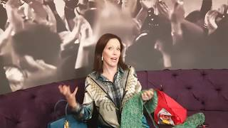 Download This is Carolyn Steyn's No 1 party starting song Video