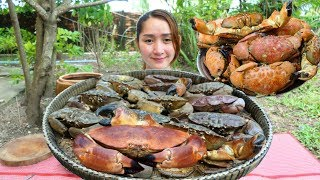 Download Cooking With Sros: Cooking Devon Crab With Coconut Juice Recipe Video