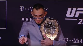 Download Fightful MMA Podcast (10/12): Mark Hunt Mad, UFC And Toronto, USADA, Mighty Mouse, More Video