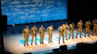 Download The Lion Sleeps Tonight by Straight No Chaser Video