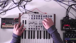 Download MiniBrute SE / Volca Beats - Minimal Bass( The Drive ) Video