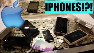 Download This Coin Pusher is FILLED with IPHONES!!! Video