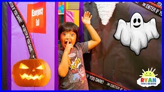 Download Ryan in Halloween Box Fort Maze Challenge Pretend Play!!!! Video