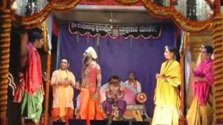 Download yakshagana Three janma moksha (guru mata-1) at jeppu majila m'lore(2010) Video