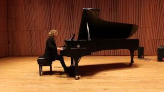 Download Earring by Julia Wolfe performed by Lisa Moore Video