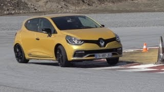 Download Renault Clio RS 200 EDC v Ford Fiesta ST Mountune - /CHRIS HARRIS ON CARS Video
