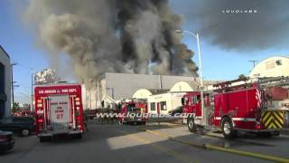 Download 3-Story Commercial Building Fire / Playa Vista - Los Angeles RAW FOOTAGE Video