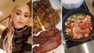 Download Cooking With Kylie Jenner | Episode 4 | My Everyday Breakfast Meal Video