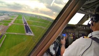 Download Captain's view Breakoff landing Amsterdam - Boeing 747-400 Video