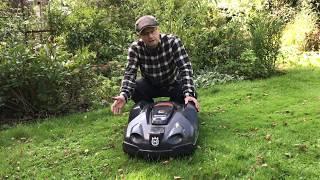 Download Vinterklargøring af robotplæneklipper Video