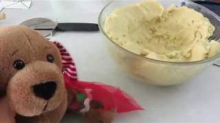 Download Making a Sugar Cookie House Video