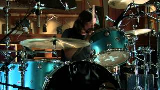 Download Mantra - Dave Grohl, Josh Homme, Trent Reznor Video