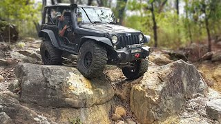 Download Jeep Wrangler JK Doing Some Extreme 4x4 Video
