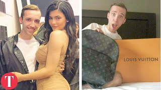 Download 10 Celebs Who Gave Fans CRAZY EXPENSIVE Gifts Video
