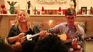 Download Julia Nunes - Balloons @ Living Room Show in Woodinville, WA Video