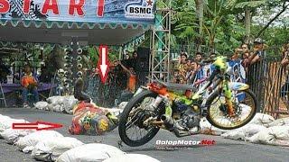 Download Rully PM Jungkir Balik~Kurang AQUA [Dragbike Banjarnegara] Video