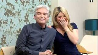Download Holly suddenly stops speaking! - This Morning - 30th March 2011 Video