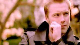 Download Ronan Keating - When You Say Nothing At All - Official Video 720p Video