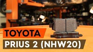 Download Como substituir pastilhas de travão dianteiros no TOYOTA PRIUS 2 (NHW20) [TUTORIAL AUTODOC] Video