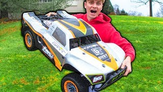 Download WORLDS BIGGEST RC CAR!! (REALLY BIG) Video