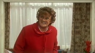 Download Mrs Brown Tests Grandad's Memory - Mrs Brown's Boys - Series 3 Episode 3 - BBC One Video