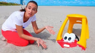 Download Vlad and Mommy take a rest at sea Video