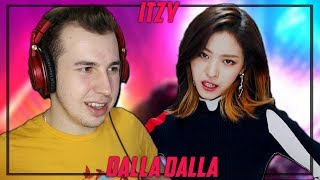 Download Music Critic Reacts to ITZY - DALLA DALLA Video