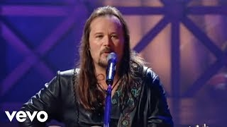 Download Travis Tritt - Long Haired Country Boy (from Live & Kickin') Video