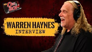 Download Warren Haynes Talks About Riding the 'Fun Bus' with Gregg Allman; Performs ″Traveling Tune″ Video
