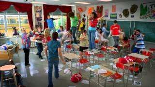 Download High School Musical 2 - Trailer Video