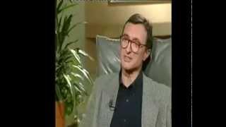 Download ARTURO PÉREZ-REVERTE. Entrevista en Uruguay. 1996 Video