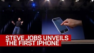 Download Steve Jobs unveils the iPhone Video
