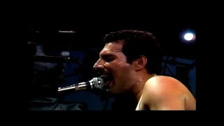 Download Queen - Play The Game (Live at Milton Keynes Bowl, 1982) Video