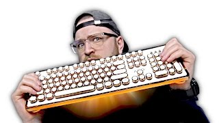 Download Is This The Coolest Keyboard Yet? Video