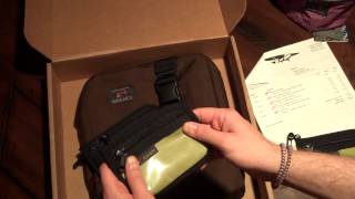 Download Tom Bihn Medium Cafe Bag Unboxing Video