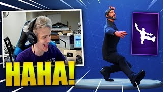 Download NINJA REACTS *NEW* SQUAT KICK DANCE/EMOTE - Fortnite Best & Funny Moments (Fortnite Battle Royale) Video
