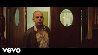 Download Calle 13 - El Aguante Video