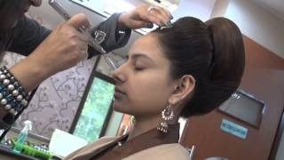 Download Bridal Air Brush Make-Up by Vidya Tikari on myShaadi.in Video