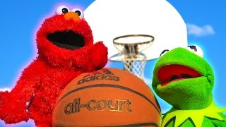 Download Kermit the Frog and Elmo 1v1 in Basketball! Video